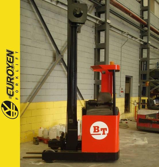 Carretilla retráctil BT Nº 5932: Productos y servicios de Comercial Euroyen, S. L.