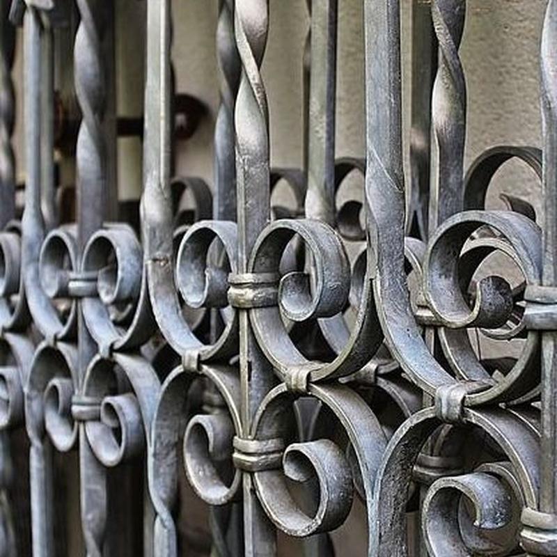 Carpintería metálica: Productos y servicios de Alumifach