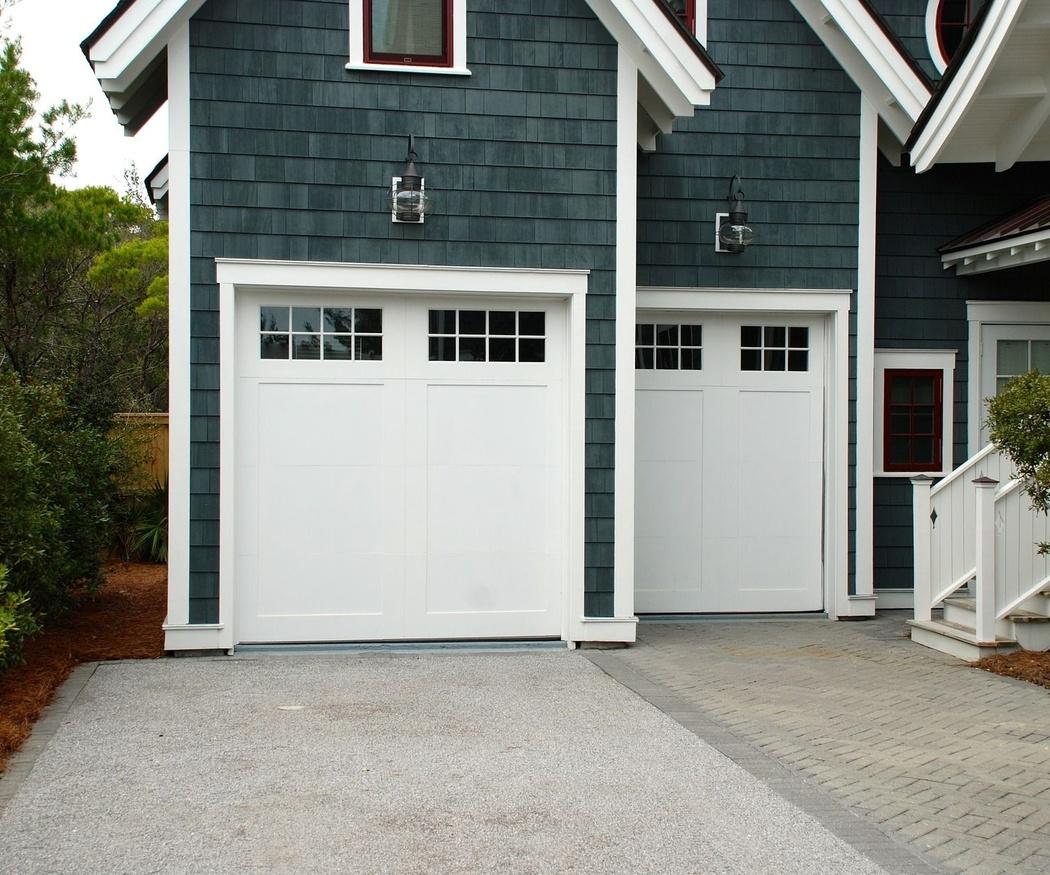 ¿Puertas automáticas o puertas manuales?