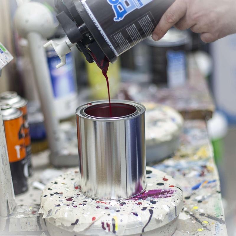 Pintura para carrocerías - Preparamos el color y lo envasamos en spray -: Productos y Servicios de Autopinturas Fuengirola