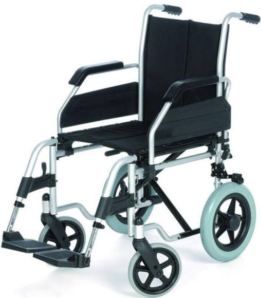 ¿Cuáles son las medidas adecuadas para una silla de ruedas?