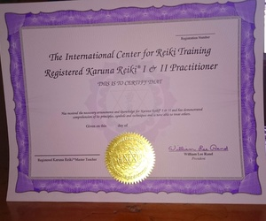 Diplomas The International Center for Reiki Training originales de Karuna- Reiki