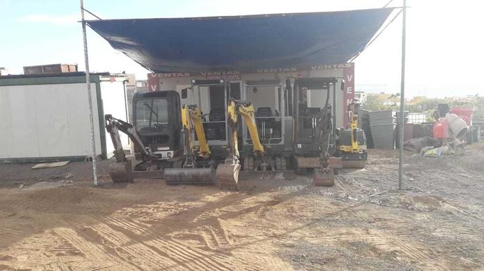 Alquiler de miniexcavadoras, con o sin chófer: Servicios de JHL Construcción