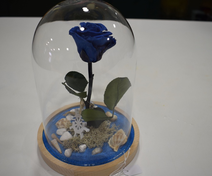 Decoración y regalos: Servicios de Floristería La Ilusión