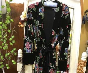 Kimono bordado terciopelo