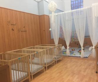 Inglés: Servicios e Instalaciones de Llar d'infants Petits Gegants