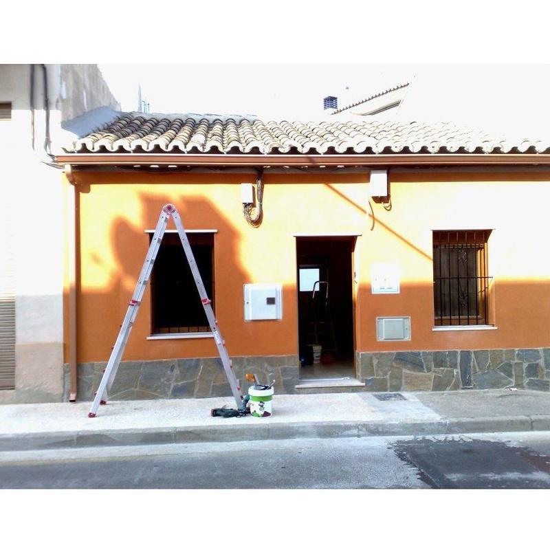 Estanqueidad (Canalones Gutti): Muestra de productos de Aragonesa de Canales
