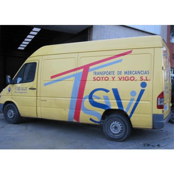 Transportes nacionales: Transporte de mercancías de Transportes Soto y Vigo, S.L.
