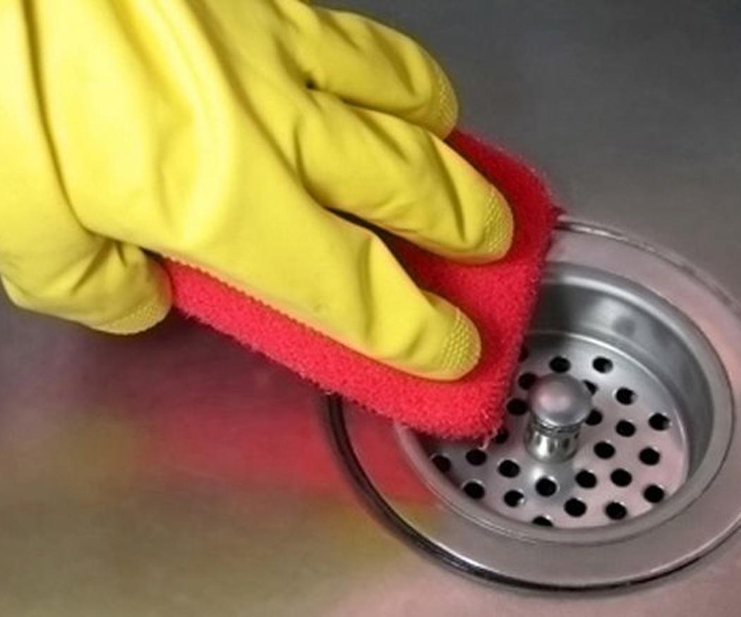 Consejos para limpiar superficies metálicas o de acero