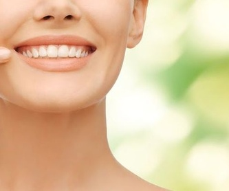 Implantes dentales: Tratamientos  de Cruz Dental