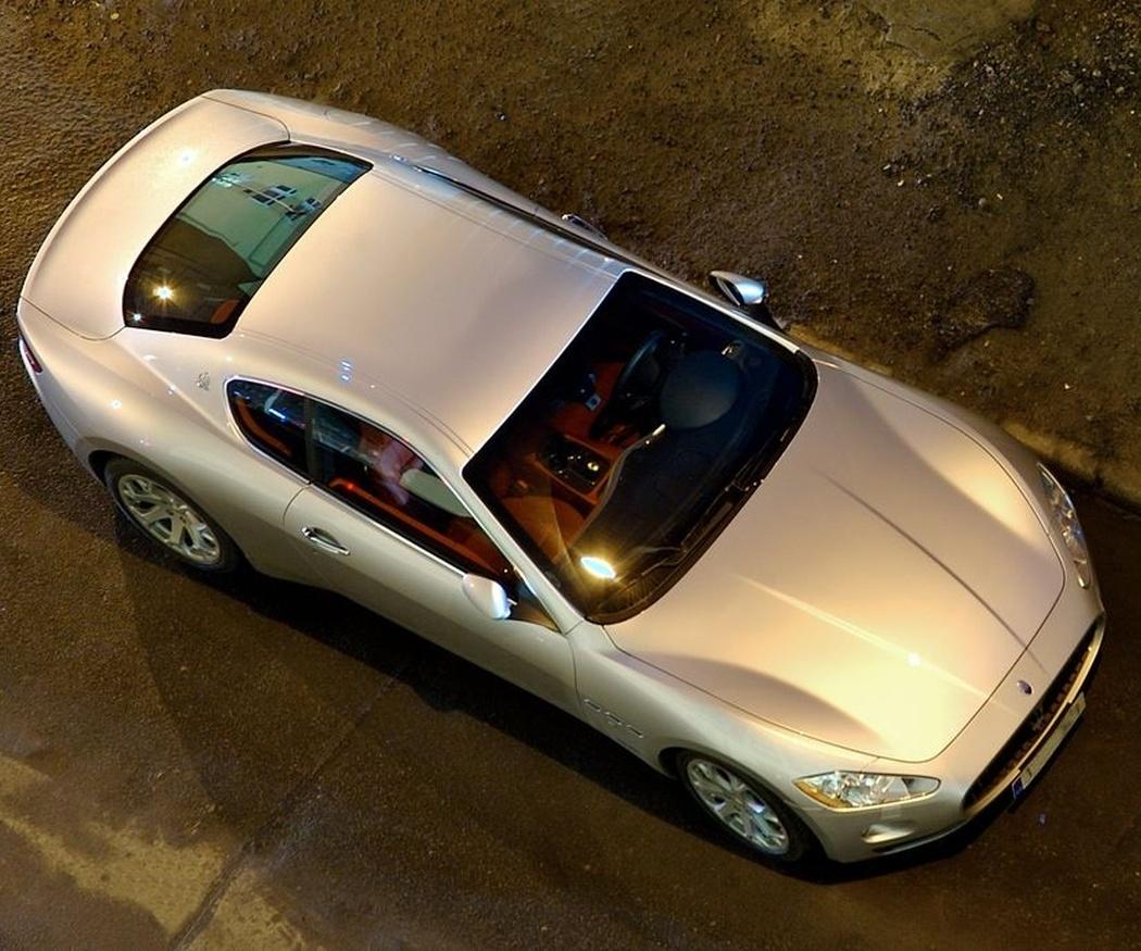 ¿Por qué es recomendable deshacerse de un coche de más de diez años?