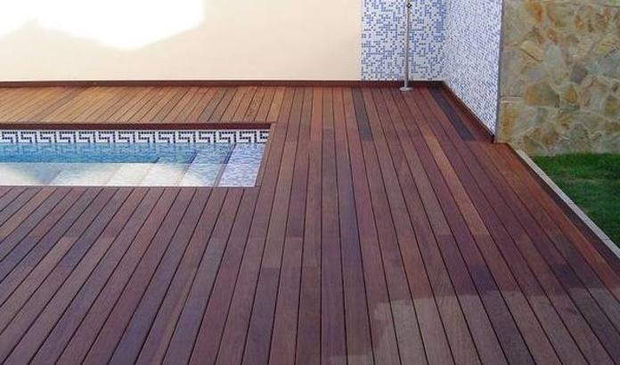 Suelos de madera piscinas