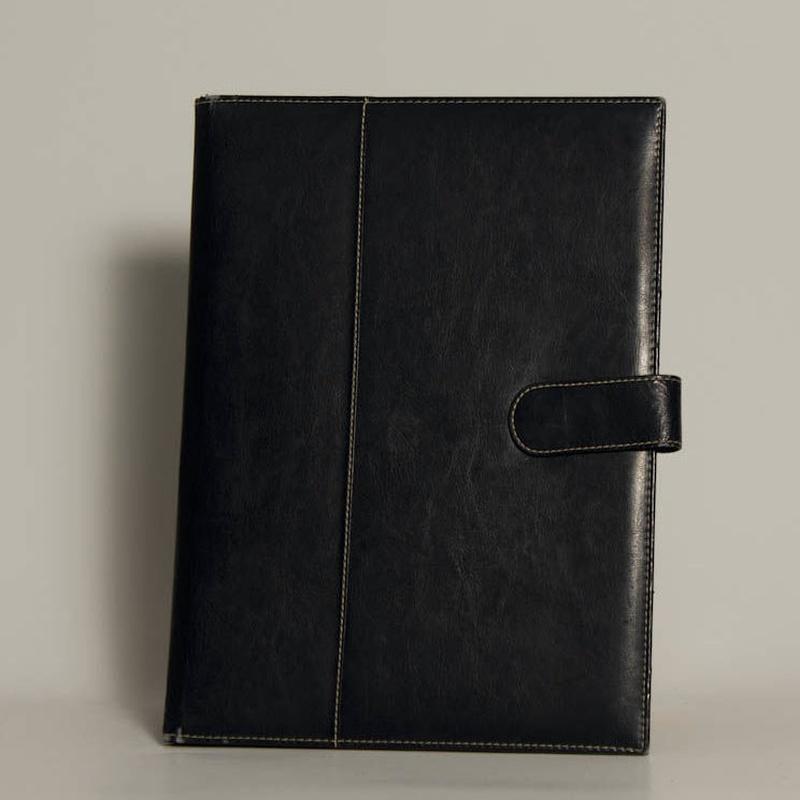 Portafolios PF-01334: Catálogo de M.G. Piel