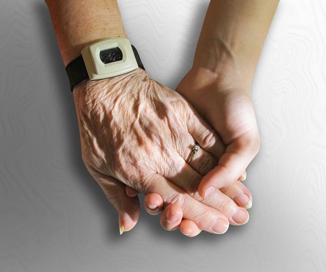 La importancia de la psicología en el cuidado de los mayores