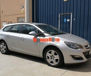 Opel Astra ST '2013