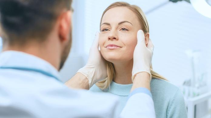 Rejuvenecimiento facial sin cirugía: Tratamientos de Astur Sanas Centro de Estética Especializada