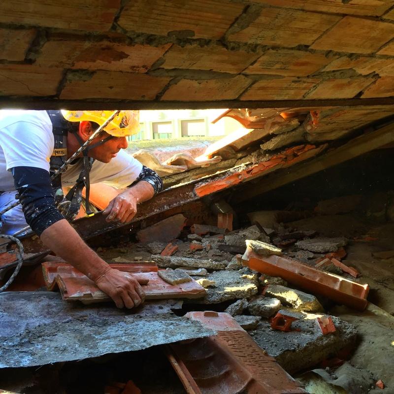 Revisión del bajo cubierta, trabajos previos de inspección de la estructura
