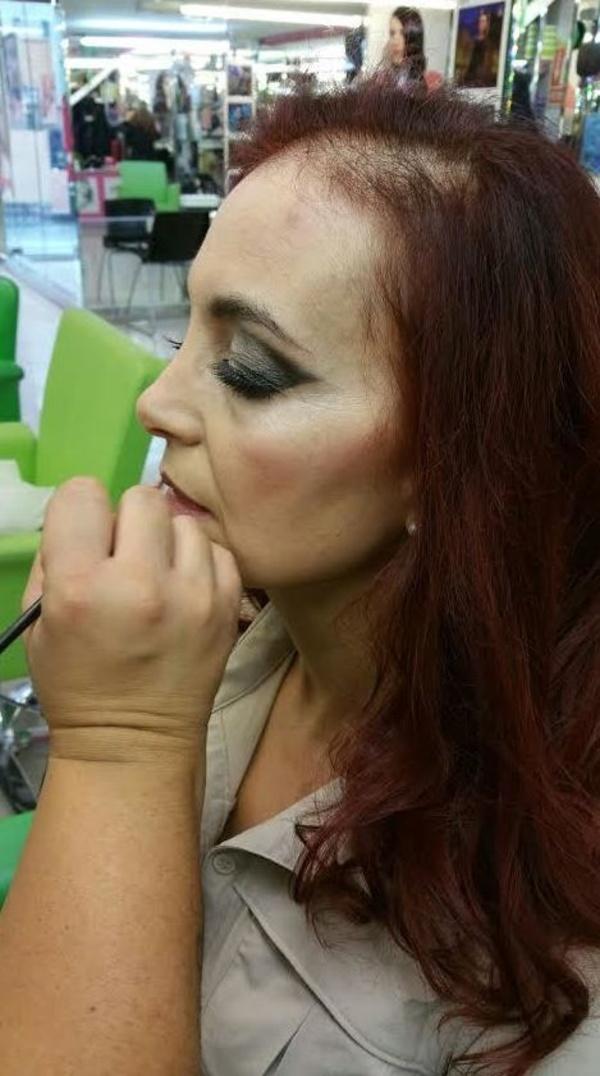 Maquillaje ahumado para eventos