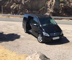 Alquiler de coches de lujo de gran capacidad en Granada