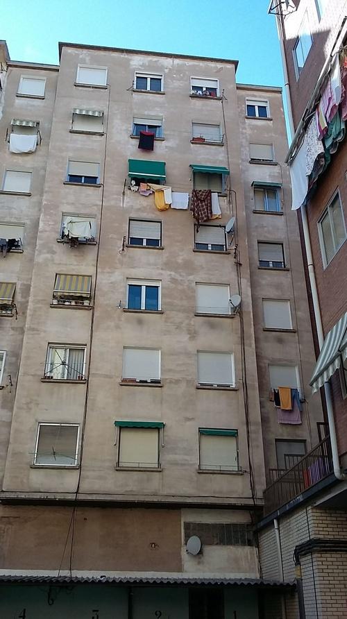 Rehabilitación fachada trasera.