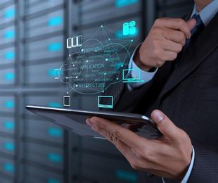 Formación legal y tecnológica