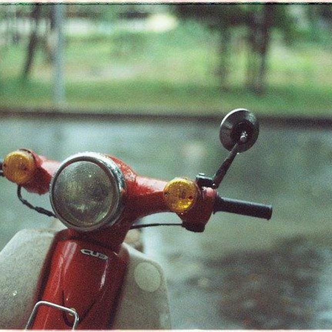 Las motos también pueden sufrir el aquaplaning