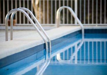 Limpieza de piscinas y fachadas