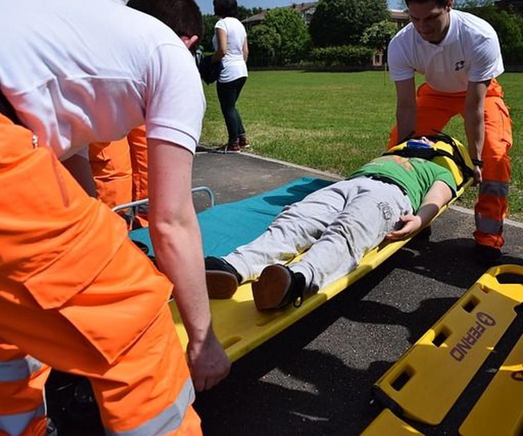 Qué debemos hacer mientras llega la ambulancia