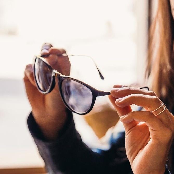 Gafas de sol graduadas para que no te deslumbre el verano