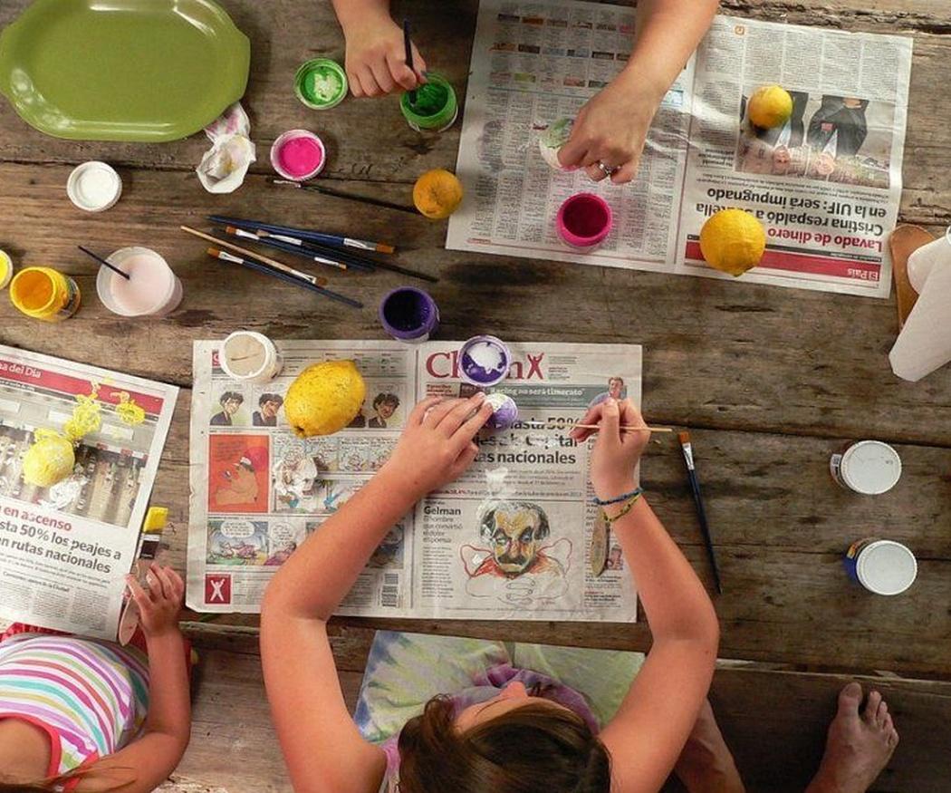 Cómo ayudan en la educación infantil las manualidades