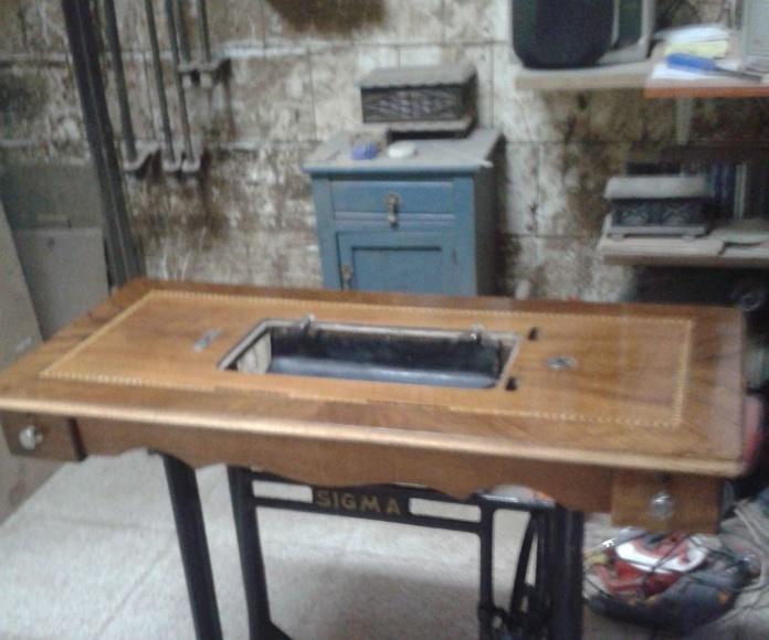 Mesa de maquina de coser