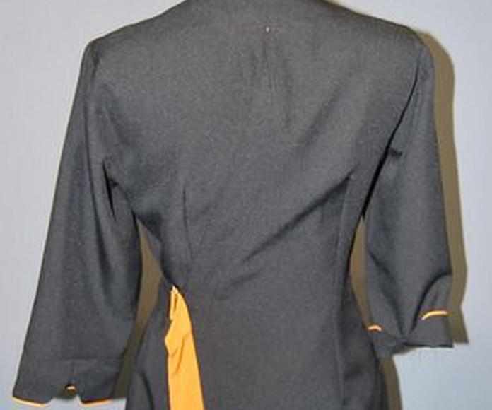 Ref. A49. Chaqueta cuello Mao con cinto regulable: Catálogo de Del Rey Exclusivas