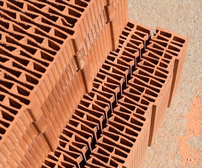 Venta de material de construcción: Servicios de Grupo Logística Jinama S.L.U