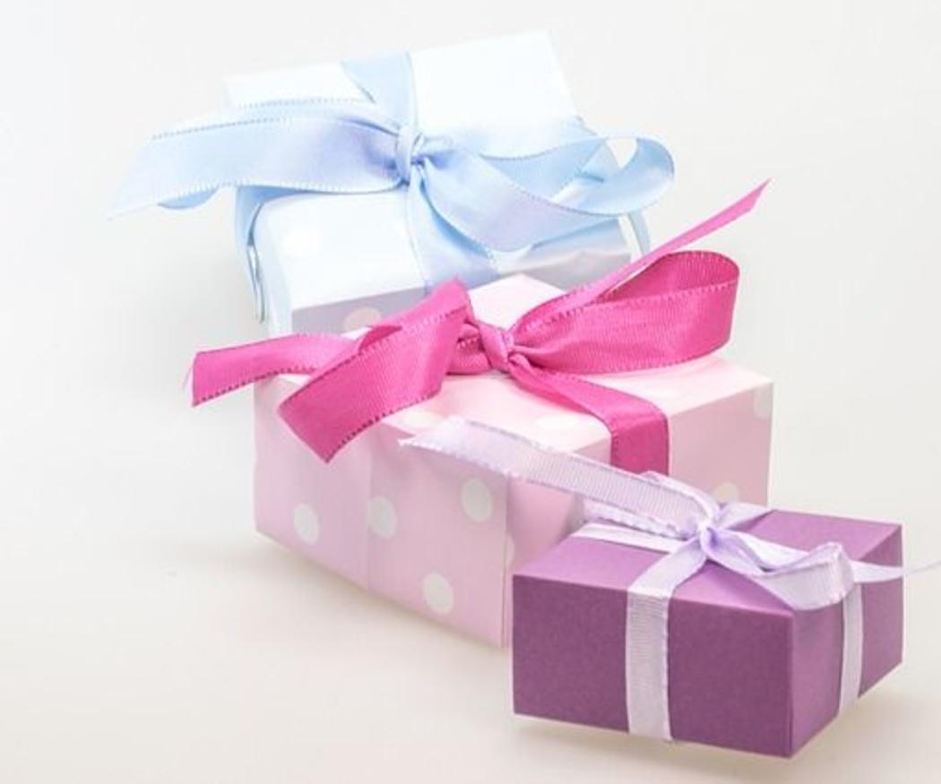 Refuerza tu imagen con los regalos de empresa