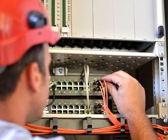 Instalación de antenas: Nuestros servicios de Sando' s Electricidad y Telecomunicaciones