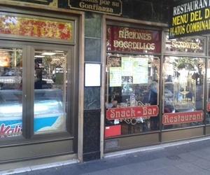 Restaurante con platos combinados y raciones en Atocha