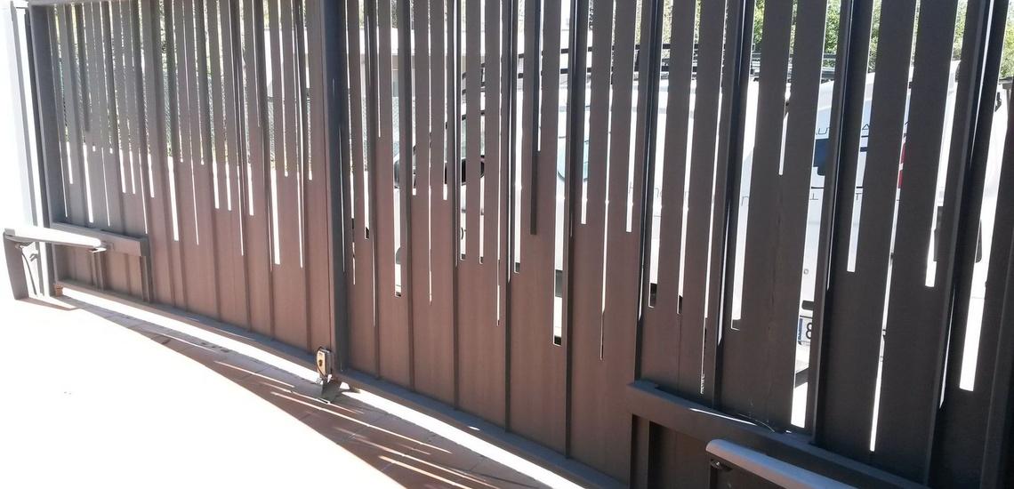 Puertas y automatismos en Girona
