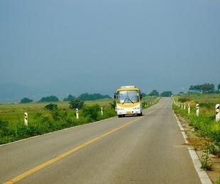 Viaja a lo grande en un minibús