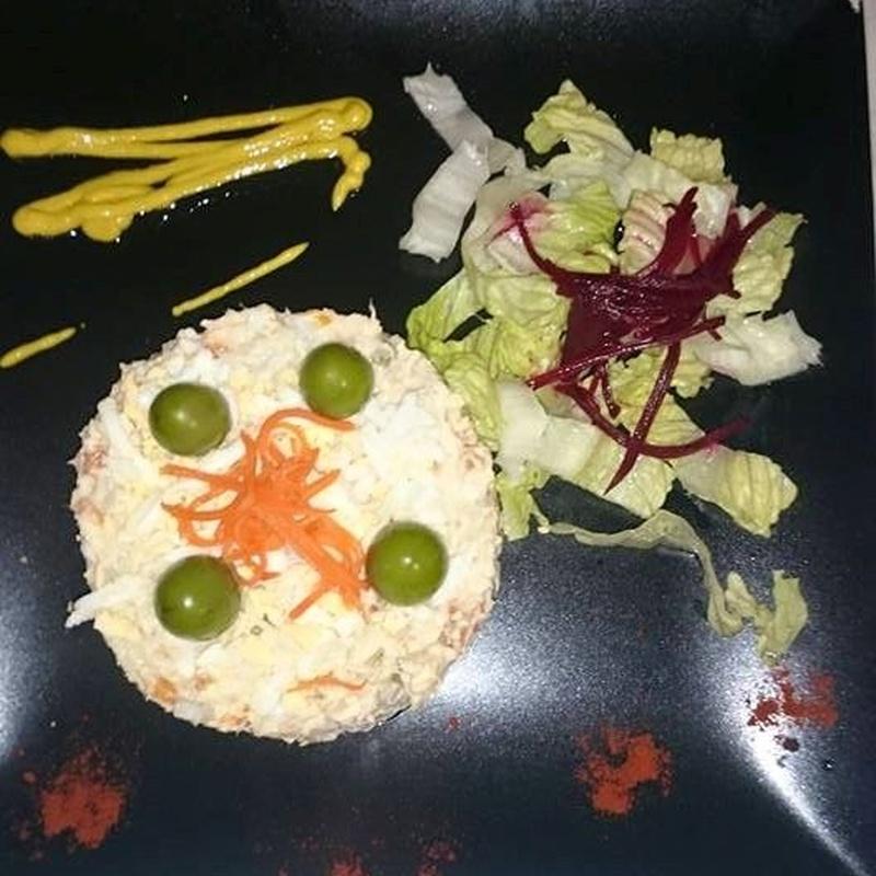 Ensaladas: Carta de Restaurante La Parrilla