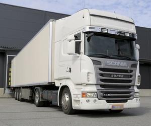 Empresa de transporte nacional e internacional de mercancías