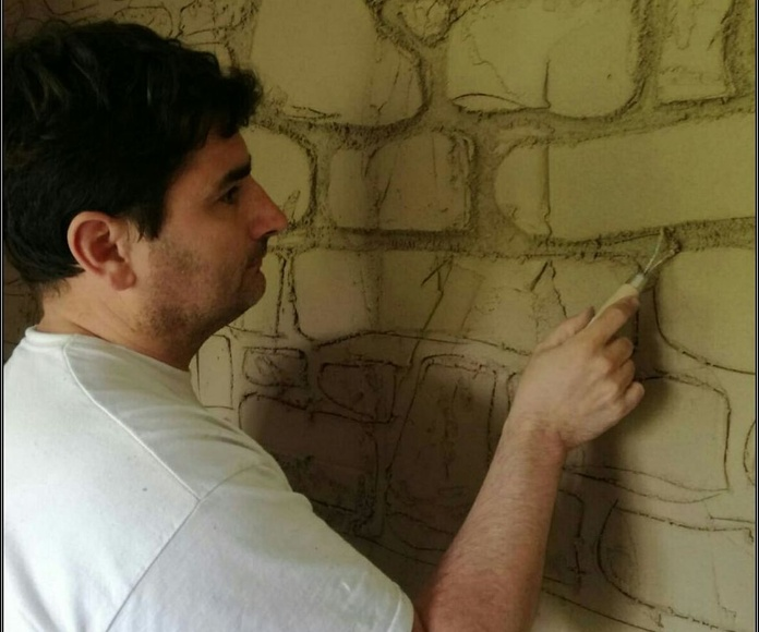 Moldeando diseño piedra.