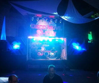 "Camion escenario ""M"": Servicios de Disco Móvil Show"