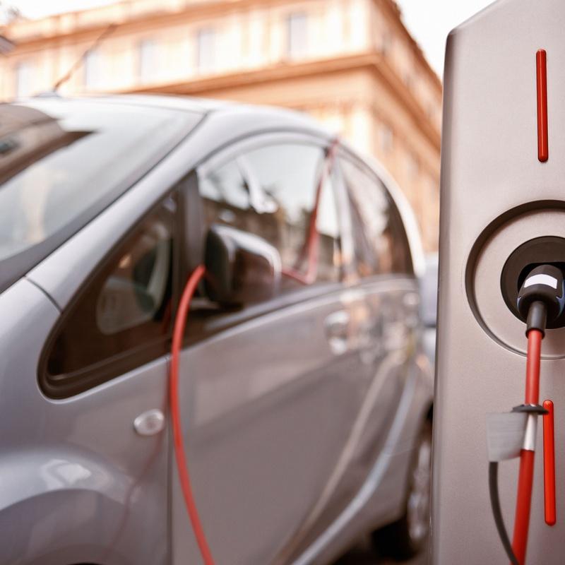 Coche eléctrico: Servicios de F.B. Instalaciones Eléctricas