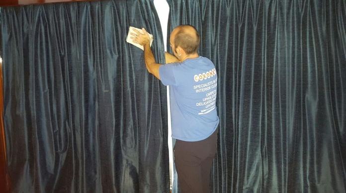 Limpieza de cortinas en seco
