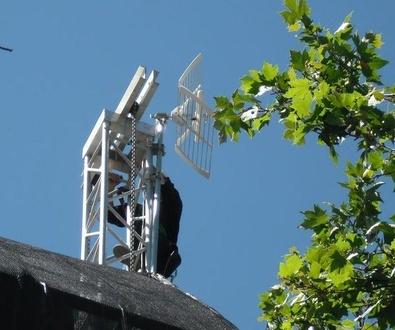 Antenas de televisión en San Ignacio de Loyola, Madrid
