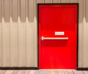 Mantenimiento de puertas cortafuegos