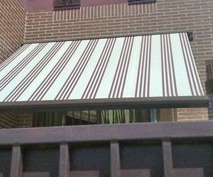 Toldos para ventanas, balcones, jardines y patio en Fuelabrada