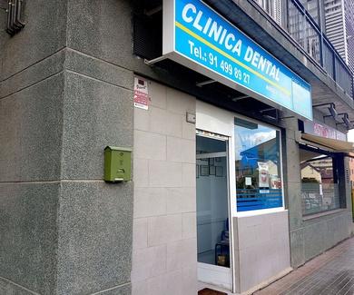 Oferta en implantes dentales en Riva