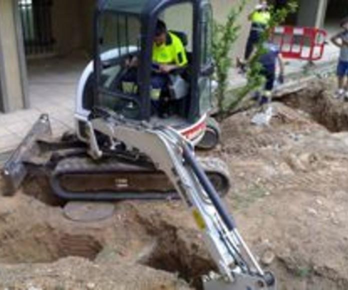 Colocación, reparación y sustitución de tuberías de saneamiento con obra: Catálogo de Carrillo Germán