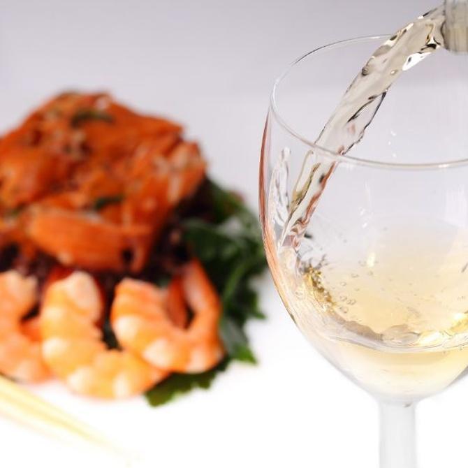 La importancia del vino en un banquete, aprende a maridar